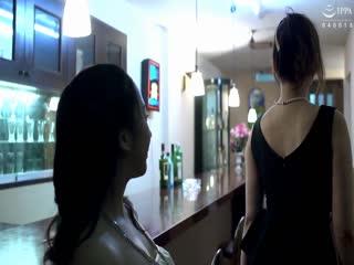 AUKG-447リベンジレズポルノ~新人ホステスに復讐される熟女ママ~華月さら桃山第02集